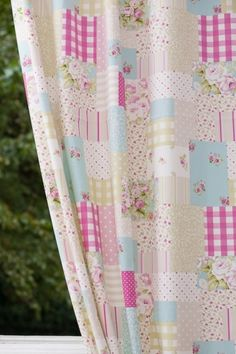 Material pentru draperii - Vintage Patch Candy Girls Bedroom, Curtains, Quilts, Blanket, Pattern, Fabrics, Vintage, Home Decor, Bedroom Girls