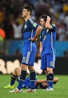 Germany v Argentina Martin Demichelis (L) and Lionel Messi of Argentina look on after being defeated by Germany 1-0 in extra time during the 2014 FIFA World Cup Brazil Final match between Germany and Argentina at Maracana on July 13, 2014 in Rio de Janeiro, Brazil.레드9카지노 훌라잘하는법 코리아블랙잭 레드9카지노 훌라잘하는법 코리아블랙잭 레드9카지노 훌라잘하는법 코리아블랙잭 레드9카지노 훌라잘하는법 코리아블랙잭