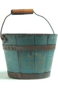 19th Century Bucket Primitive Painted Furniture, Country Furniture, Antique Paint, Antique Decor, Painted Boxes, Wooden Boxes, Pail Bucket, Barrel Planter, Old Boxes