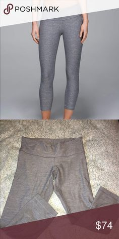 lululemon Wunder Under Crop (6) Heathered slate • size 6 • very minor pilling between legs near gusset lululemon athletica Pants Leggings
