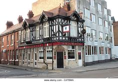 The Wig and Pen in Southsea used to be called the Balmoral. Now a cafe and flats. Portsmouth Pubs, Portsmouth England, Luxury Sailing Yachts, Pub Ideas, Hampshire Uk, British Pub, Recreational Activities, Isle Of Wight, Southampton