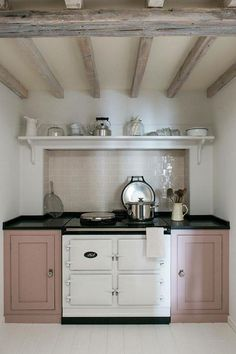 Pinks like Rose Quarz can work as a neutral and pair so nicely with both warm and cool tones. Middleton Bespoke Kitchen units painted in Mylands eggshell paint, colourway 'Eccleston Pink'. Aga Kitchen, Kitchen Units, Kitchen Country, Country Living, Pink Kitchen Cupboards, Kitchen Appliances, Small Country Kitchens, Neptune Kitchen, Kitchen Furniture