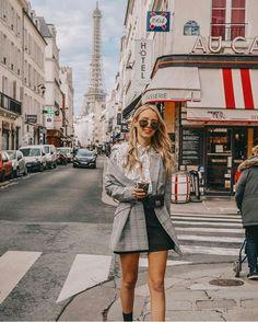 Paris, je t'aime paris - leonie hanne - haute couture. Europe Outfits, Paris Outfits, Mode Outfits, Fashion Outfits, France Outfits, Ohh Couture, Haute Couture Paris, Couture Week, Leonie Hanne