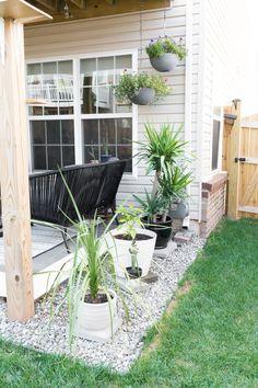 3 Quick Clever Tips: Backyard Garden Path Pea Gravel urban backyard garden design.Easy Backyard Garden How To Build backyard garden border driveways. Small Backyard Design, Small Backyard Gardens, Backyard Patio Designs, Small Gardens, Diy Patio, Backyard Ideas, Garden Ideas, Large Backyard, Backyard Projects