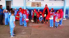 Chapeuzinho Vermelho - 14.11.13 - Teatro do 2º ano 1 da Professora Roseli Drapalski - Núcleo Educacional João Fernando Sobral - Jardim Bela Vista - Porto União - SC