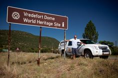 Vredefort dome - Free State Province - Stand inside a huge crater! Not only is it the oldest crater found so far on Earth, but it is nearly twice as big as the impact that killed the dinosaurs. Vredefort crater is about 300 km wide, and said to be the largest that has ever struck the earth. Estimated to be two billion years old, you'll be blown away by the impact at this World Heritage Site.