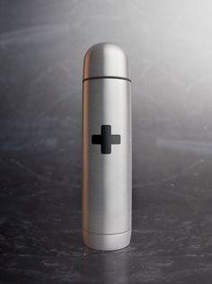 Water bottle, rendered in KeyShot by Esben Oxholm.