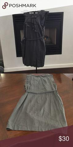 Gap Midi Dress with ruffles and pockets Gap Midi Dress with ruffles and pockets GAP Dresses