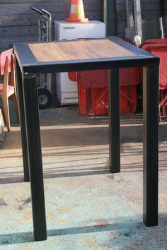 Fabrication et création de meuble industriel sur mesure en bois et métal patiné couleur canon de fusil à TOULOUSE 31 table industrielle banc bois métal console grillage porte vestiaire industriel