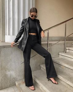 Oufits Casual, Cute Casual Outfits, Chic Outfits, Fashion Outfits, Edgy Chic, Casual Chic, Mode Dope, Style Noir, Elegant Outfit