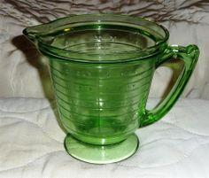 SOLD = Vintage T&S Handimaid USA Green Depression Glass ~ Measuring Cup (2 Cup/1Pint) #TSHandimaid
