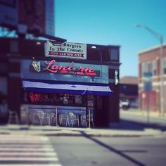 For over 80 years, the Lantern has been serving the best burgers and lemonade in Pittsfield!