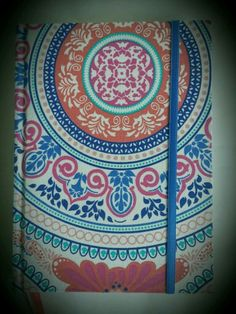 Cuaderno Artesanal - Mandala ♡ Tapa dura ♡ 96 hojas rayadas  ♡ Papel bookcel  ♡ Señalador  ♡ Elástico  ♡ Encuadernación tradicional   Adquirí éste y otros modelos en www.amourlingerie.mitiendanube.com