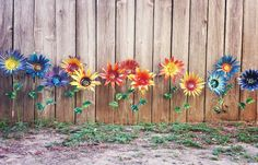 Imagine this beautiful color creation in your front yard! Available only at gardendreamsdecor.com #prettyflowers #garden #upcycled