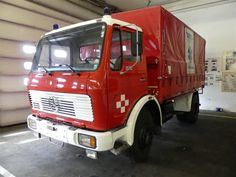 """Feuerwehrfahrzeug """"Oldtimer"""" LKW N3 Mercedes Benz 1617 - Feuerwehrfahrzeuge der Flughafen Wien - Gruppe - Karner & Dechow - Auktionen"""