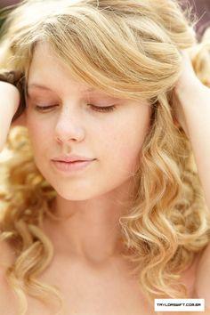 Taylor Swift Photo: 50 Most Beautiful People Photoshoot Taylor Swift Gallery, Taylor Swift Web, Taylor Swift Pictures, Taylor Alison Swift, Taylor Swift Makeup, Emma Watson Linda, Pretty Makeup, Makeup Looks, Divas
