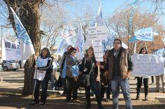 Docentes y médicos se movilizarán durante el paro de ATE de mañana - Los Andes (Argentina)