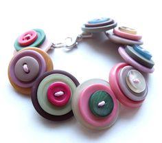Button Jewellery Bracelet  £8.00