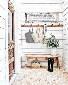 Country house trend: country decor ideas - entrance in country house style - the floor . - Country house trend: country decor ideas – entrance in country house style – the floor floor – - Home Design, Design Ideas, Design Entrée, Design Blogs, Rustic Design, Design Firms, Deco Champetre, Sweet Home, Diy Casa
