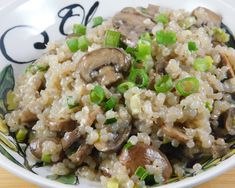 Miracle Mushroom Risotto - Miracle Noodle Ambassador, Rosemarie makes dinner amazing with her keto creations! Check out tonigh - Miracle Rice, Miracle Noodles, Miracle Noodle Recipes, Rice Recipes, Keto Recipes, Cooking Recipes, Healthy Recipes, Yotam Ottolenghi, Photos Fitness