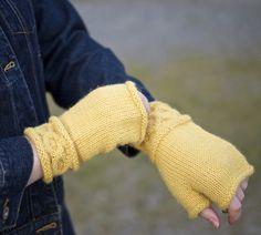 Designer Spotlight: Avoca Fingerless Gloves & Mittens by Patricia Hart