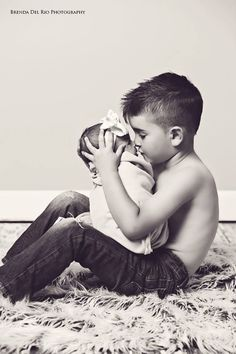 Oh my sweetness.... This might be thee cutest photo I've ever seen.