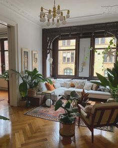 Bohemian Latest and Stylish Home Decor Design and Lifestyle Ideas - Bohemian Living Rooms Boho Living Room, Home And Living, Living Spaces, Modern Living, Dog Spaces, Living Room Styles, Bohemian Living, Clean Living, Small Living
