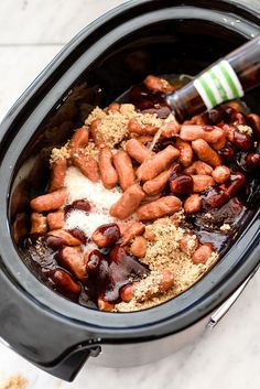 Slow Cooker Little Smokies recipe. Good for game day and tailgating! Appetizers For A Crowd, Yummy Appetizers, Appetizer Recipes, Appetizer Ideas, Crock Pot Appetizers, Game Day Appetizers, Crockpot Recipes For Parties, Potluck Slow Cooker Recipes, East Appetizers