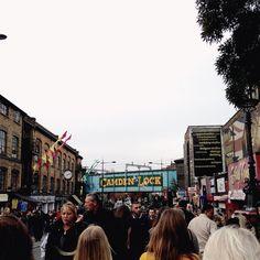 Sunday - A crowded Camden Lock - Food market