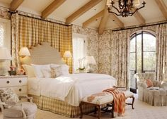 Photos, advice and wonderful tips on how to create a French country bedroom that is cozy, warm and welcoming.: Color Schemes