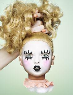 Caroline Saulnier's makeup / living dolls.
