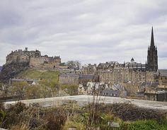 Desde la terraza del National Museum of Scotland podemos contemplar Edimburgo desde las alturas. La entrada es gratuita. . . . #travel #travelgram #traveler #vacation #tourism #instapassport #holiday #fun #trip #instatravel #visiting #travelpics #travellife #traveladdict #photooftheday #picoftheday #photography #adventure #travelphotography #photo #somosgaliciatb #edinburgh #edimburgo #scotland