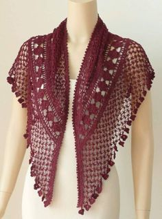"""29 Knots of Love """"Knots of Love Shawl"""", designed by Kathryn White -- so beautiful, Knots of Love Shawl Designed by Kathryn White.Crochet Guild Knots of Love This is so beautiful! See Ravelry for link towards pattern…Scialle Knots of Love, Poncho Crochet, Crochet Shawls And Wraps, Love Crochet, Crochet Scarves, Crochet Clothes, Crochet Lace, Crochet Stitches, Crochet Summer, Crochet Designs"""