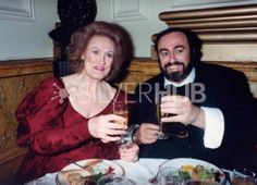 Dame Joan Sutherland and Luciano Pavarotti in the Crush Bar at Covent Garden, New Years Eve 1990.