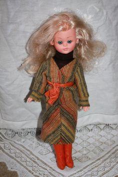 "Italocremona 1976 12"" doll like Corinne"