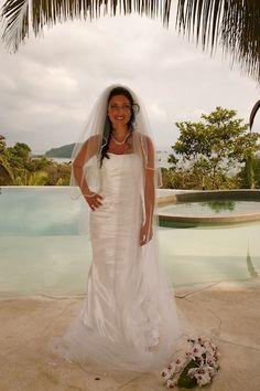 Novia Fantastica at Casa Fantastica, Manuel Antonio, Costa Rica    Wedding planning by Oasis Destination Weddings