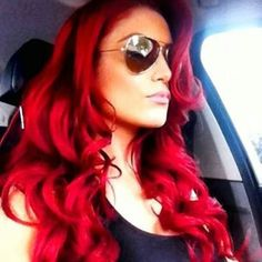 If only I could pull off this red!!!!!! I love this color... #evamarie