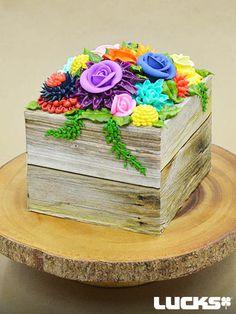 Floral Planter Cake