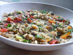 Tocaniţă de linte, orez brun şi legume