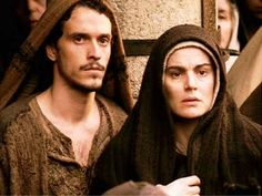 the passion of the christ mary - Bing images Mel Gibson, Passion Of Christ Images, San Juan Evangelista, Jesus Movie, Catholic Religion, Blessed Mother Mary, Saint Jean, Eucharist, Jesus Loves You