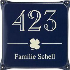 Naamplaat Engelse stijl: Familie Schell - nummer 423 Identity engels blauw / ivoor   Poppers Wallebroek B.V.