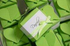 Giveaways in grün