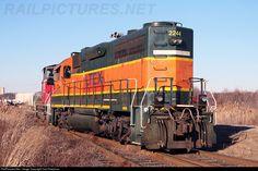 RailPictures.Net Photo: LTEX 2244 Raritan Central Railway EMD GP38-2 at Edison, New Jersey by Carl Perelman