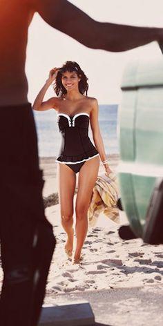 cute bandeau swimdress http://rstyle.me/n/iskkmr9te