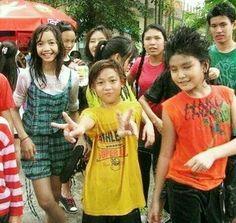 Pre debut Lisa and BamBam Blackpink Thailand, Bambam Lisa, Kawaii Background, Blackpink Video, Blackpink Photos, Blackpink Lisa, Yg Entertainment, Jinyoung, Friends Forever