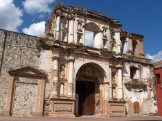 Ruinas del Complejo Monumental de la Compañía de Jesús en Antigua Guatemala