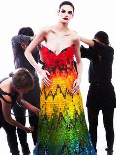 50 000 oursons pour une robe Haribo couture !