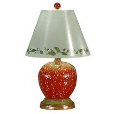 Strawberry shaped lamp Lamp in de vorm van een aardbei