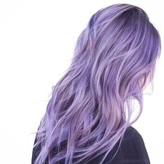 Muted Lavender Lilac. Lightener: @fanola_usa Blue Powder Tone: @fanola_usa Oro 7.1 + Viola + Blu + 10 vol Color: Joico Cabigting Intensity Amethyst + Soft Pink + Titanium + Clear #dearmijuhair #btconeshot_color16 #btconeshot_curls16 #btconeshot_ombre16