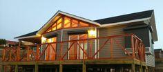 Revisa los modelos de casas prefabricadas que tenemos para ti, ofrecemos diversos tipos de casas prefabricadas. ¡Solicita tu presupuesto!. 1, Cabin, House Styles, Home Decor, Gardens, Decorating Small Houses, Modular Homes, Country Houses, Home Plans
